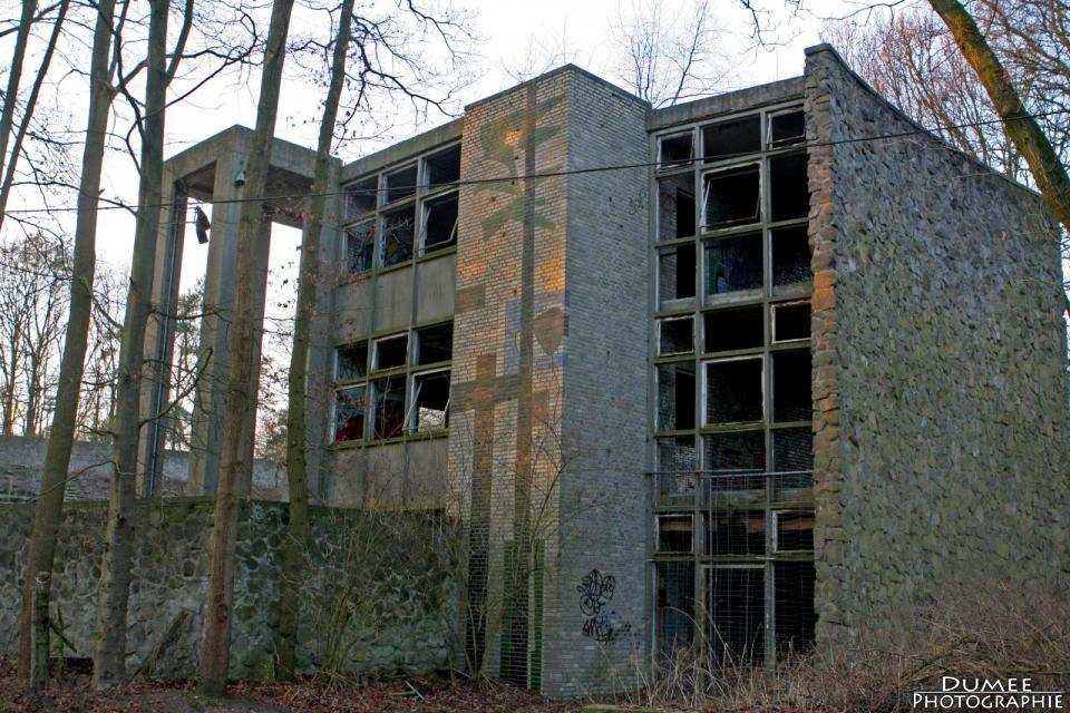 urban exploring, abandoned, open air theatre, lichtenberg, weert, netherlands