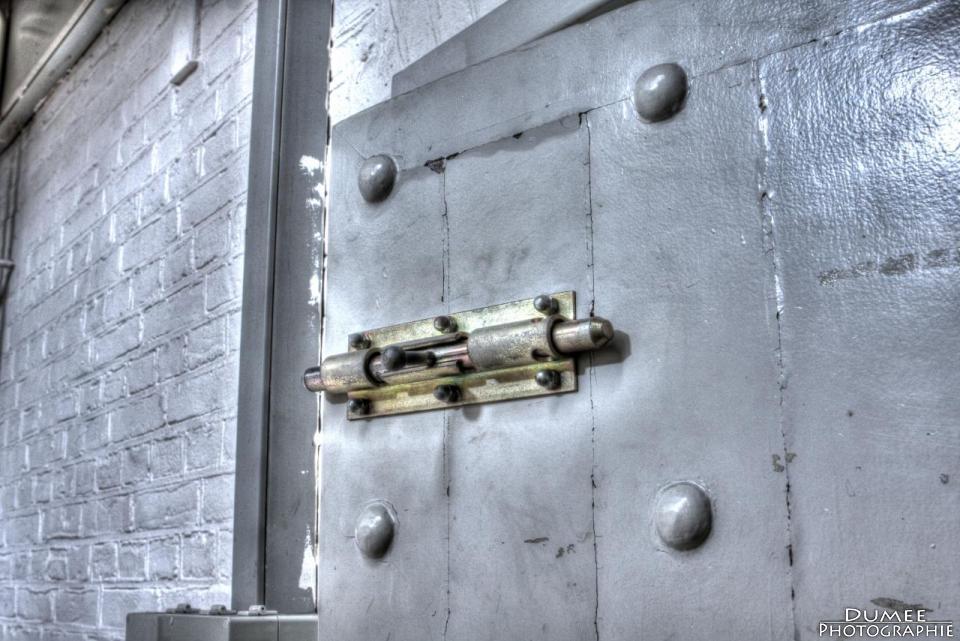 urbex, urban exploring, abandoned, prison, roermond, netherlands