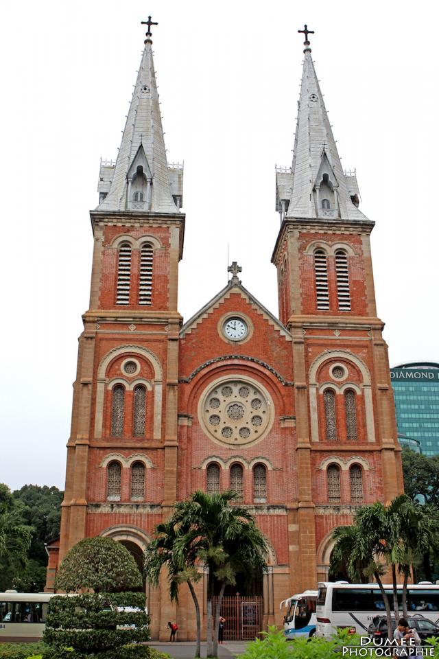 wanderlust, travel, backpack, vietnam, ho chi minh, saigon, notre dame cathedral