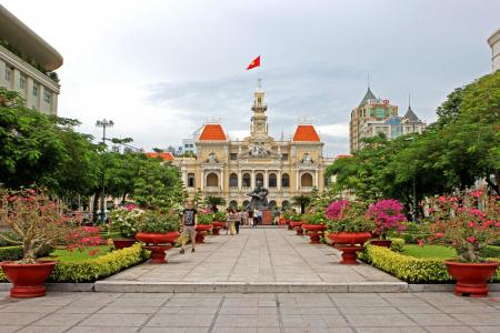 wanderlust, travel, backpack, vietnam, ho chi minh, saigon, city hall
